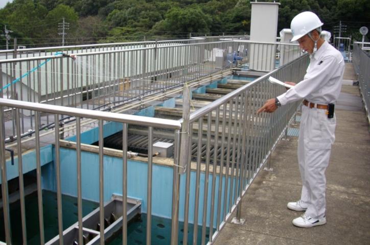 福岡県粕屋町水道施設管理業務 実績写真1