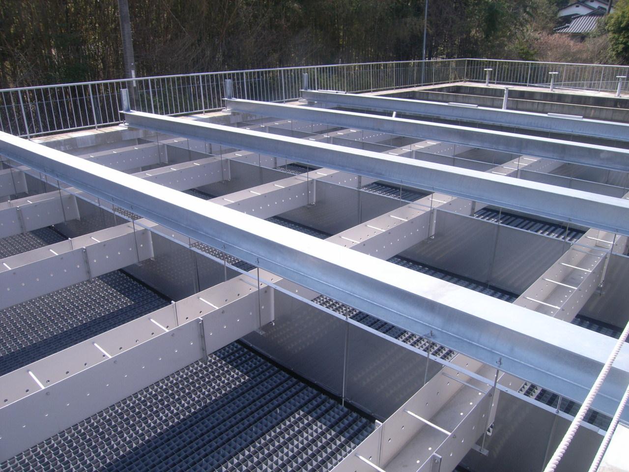 林浄水場 沈殿池傾斜管更新工事 実績写真1